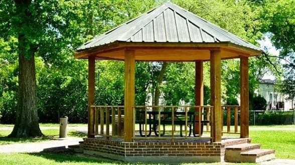 A Gazebo in Thomas Park