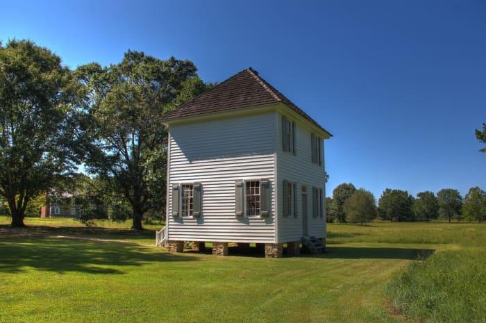 Cherokee houses in Georgia today.