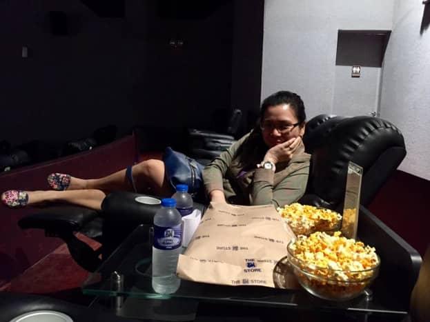 review-directors-club-cinema-in-sm-malls