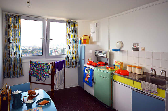 Bright cheery colors liven up this retro kitchen.