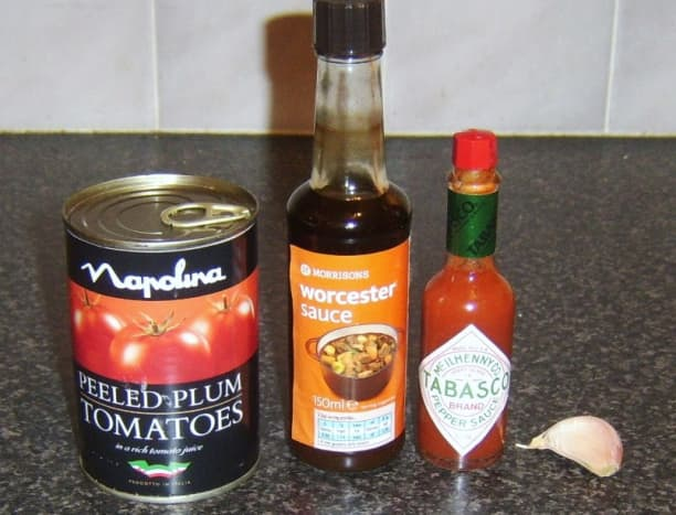 Spicy plum tomato pasta sauce ingredients