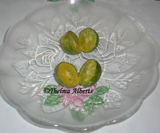 Calamansi or Lemonsito slices