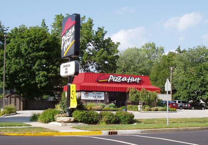 Pizza Hut red roof building in Bremen, Indiana.