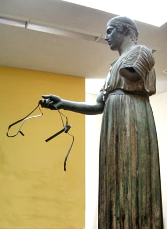 Petitioners to Delphi dedicated art: portraits of themselves, of loved ones or of the gods. There were also games held here like the Olympics. The bronze Delphi Charioteer is one of the most famous dedications.
