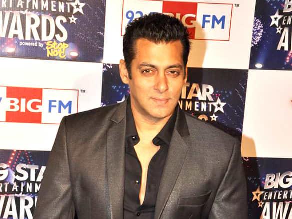 Saman Khan at BIG Star Entertainment Awards