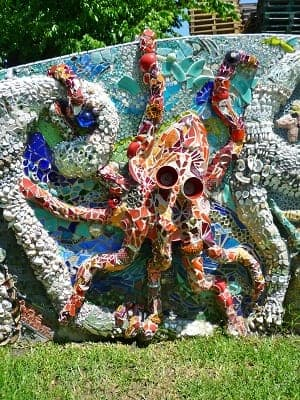 Octopus on wall at Smither Park
