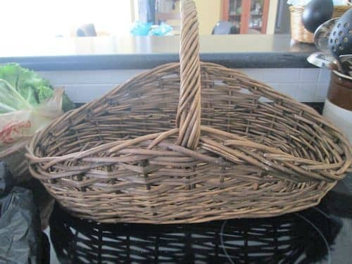 Set your empty basket on a level, stable surface.