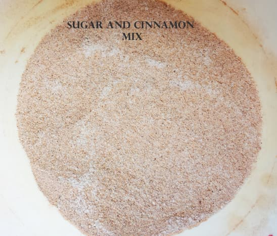 caramel-apple-empanadas-recipe