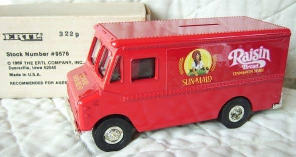 1989 Sun-Maid Bread Truck