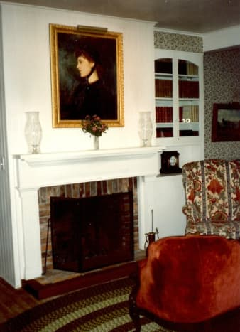 Downstairs parlor in the Langtry House