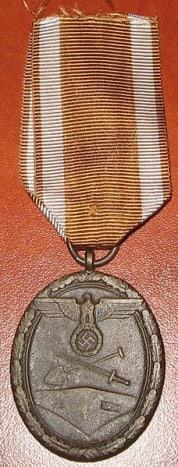 Deutsches Schutzwall-Ehrenzeichen (Westwall Medal)