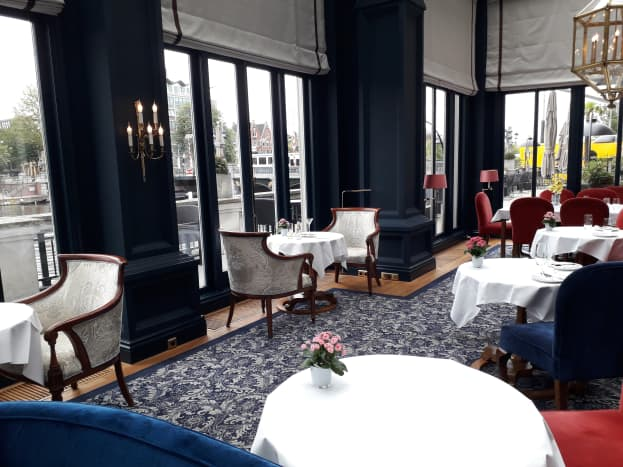 The lounge in the Hotel Amstel.