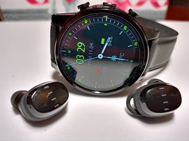 Watch can be paired, via Bluetooth, to earbuds