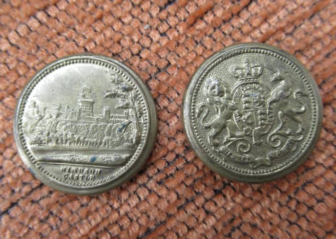 Miniature Coin Box, Top depicting Windsor Castle, bottom depicting the Royal Coat of Arms