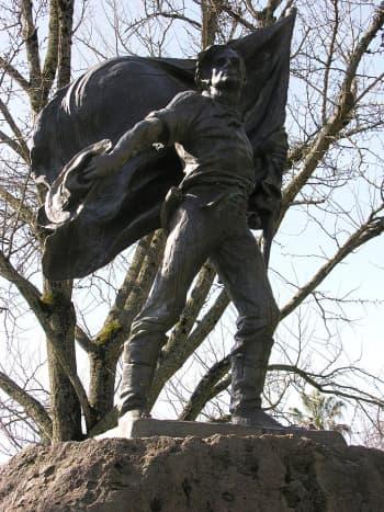 Bear Flag Revolt Monument, Sonoma Plaza (City of Sonoma, California)