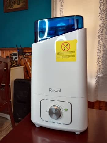 Humidifier on at low setting