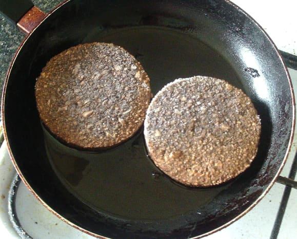 Frying vegan burgers