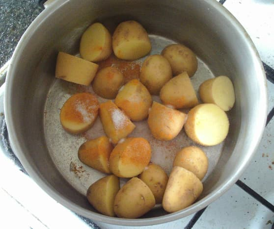 Potatoes prepared for boiling