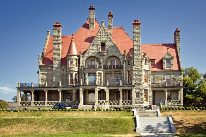 victoria--british-columbia-in-canada---an-amazing-place-to-visit