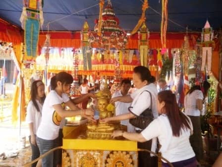 Rice offering in the temple