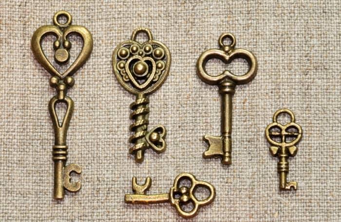 A variety of key designs
