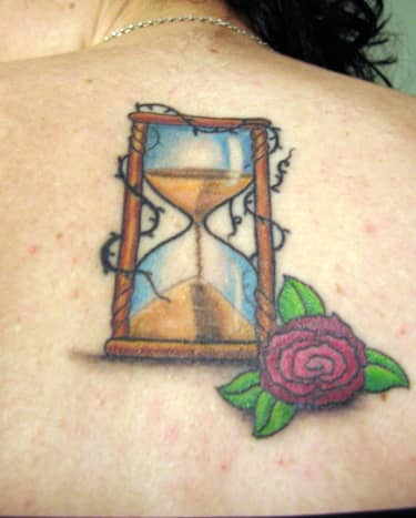 Hourglass with camellia
