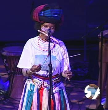 """Playing the """"Umrubhe"""", a Xhosa mouth bow"""