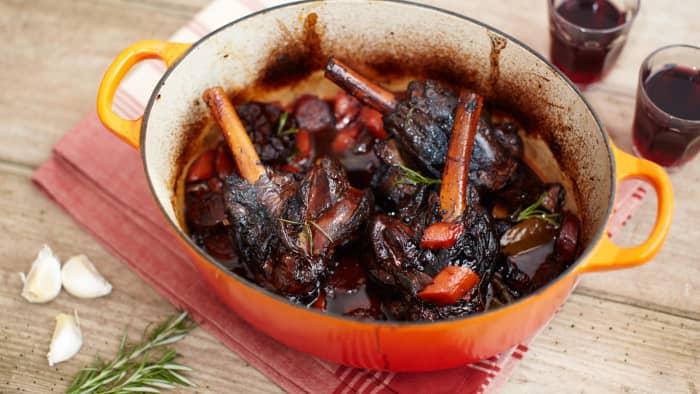 Braised lamb with chorizo and garlic