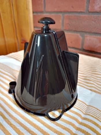 The funnel (filter holder)