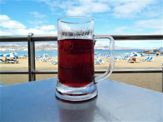 A drink with a view. Tinto de Verano at 100 Montaditos, Playa de las Canteras.
