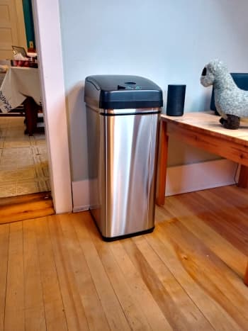 review-of-the-itouchless-13-gallon-sensor-equipped-trashcan