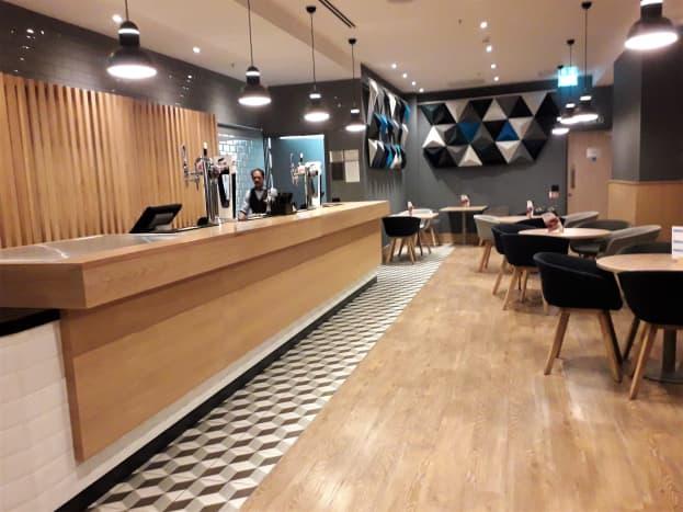 Express bar and cafe.