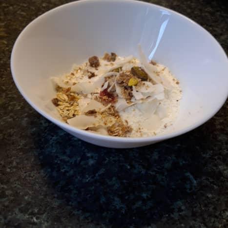 Kaszka topped with yogurt