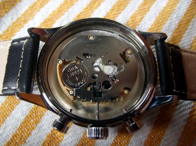Sunon chronograph movement.  Note the plastic gears