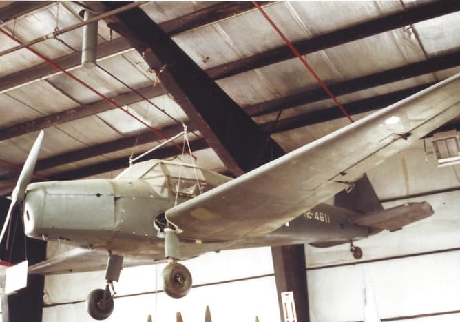 T2-4611 vice FE-4611, at the Paul E. Garber Facility, 1998.