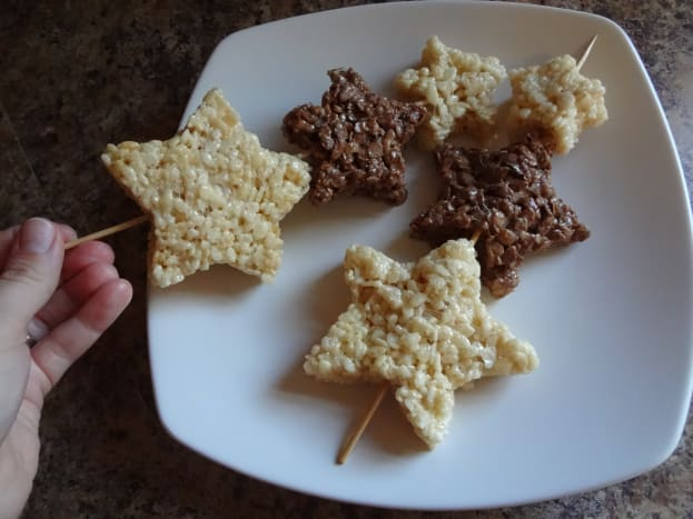 Star-shaped treats on skewers look great and taste delicious.