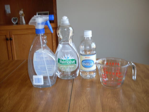 Supplies Needed: Spray bottle, dish soap, vinegar, and measuring cup.