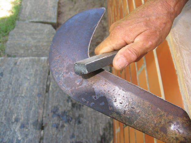 sharpening a sickle blade