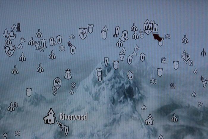 Follow the arrow to Winterhold.