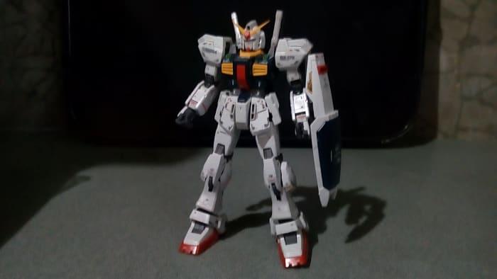 posing-your-gunpla-without-action-base