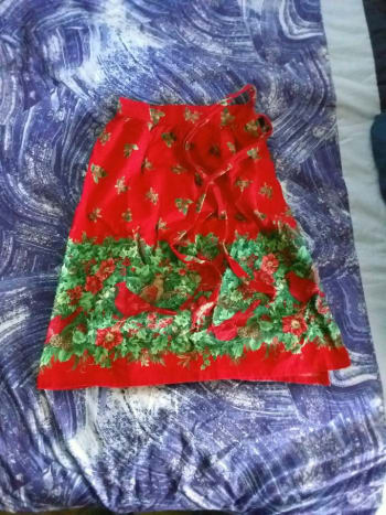 This Christmas Cardinals half-apron was originally a gift from my Great-Aunt Sharon to my Grandmother Shirley. Now I enjoy using it (when I remember!)