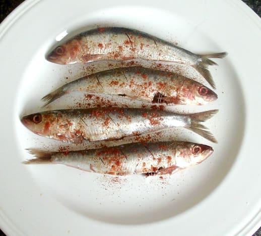 Paprika dusted sardines
