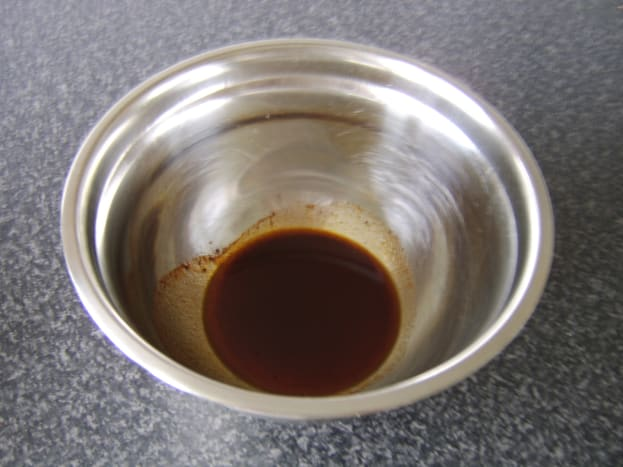 Vegetable chilli powder and salt are mixed in to a smooth paste