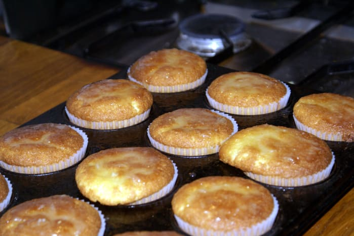 You can also make this cake in cupcake form. Here they are freshly baked!