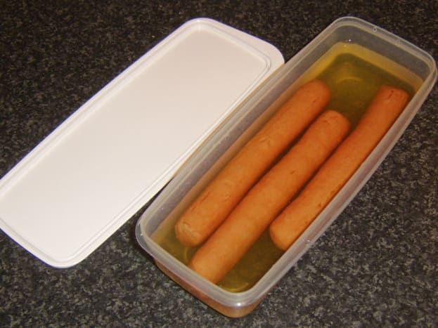 A bacon storing dish is also perfect for storing hot dogs