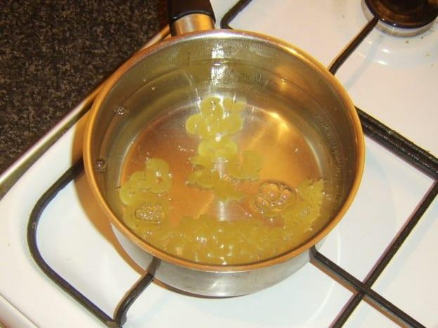 Cooking dried elbow macaroni