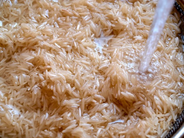Step 1: Rinsed and soaked rice.