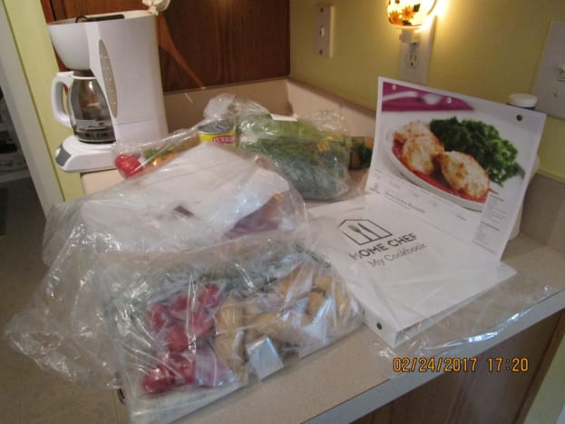 First shipment containing ingredients for three recipes of two servings each. This shipment also included the three-ring Recipe Binder.