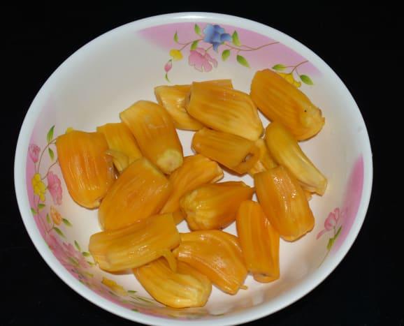 Jackfruit pods in their full glory.