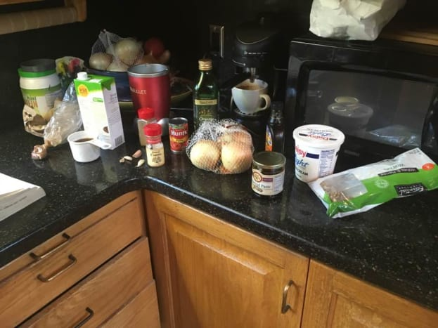 The ingredients before-hand : sour cream isn't necessary, but who doesn't love sour cream with things?